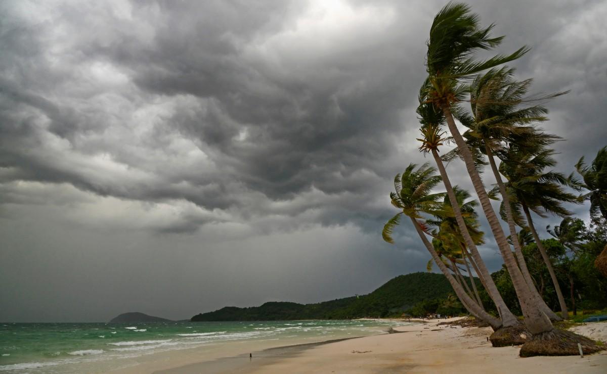 Windstorm on beach in Vietnam.